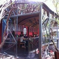 Foto tirada no(a) Buttina por Thais Q. em 3/17/2012