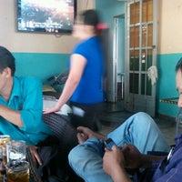 Photo taken at Cafe Thang Long 1 by Dương H. on 12/30/2011