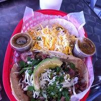 Das Foto wurde bei Torchy's Tacos von desiree B. am 6/10/2011 aufgenommen