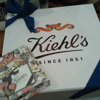 Photo taken at Kiehl's by yoori k. on 8/29/2011