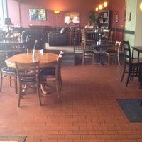 7/17/2012にJulia C.がMain Street Caféで撮った写真