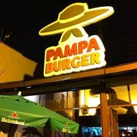 Foto tirada no(a) Pampa Burger por Daniel B. em 2/22/2012