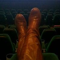 Foto tomada en NCG Eastwood Cinemas por Jena M. el 1/4/2012
