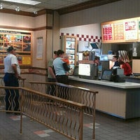 Photo taken at Wendy's by Maurice W. on 10/14/2011