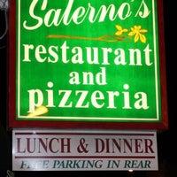 8/16/2012 tarihinde Michael C.ziyaretçi tarafından Salerno's Restaurant'de çekilen fotoğraf