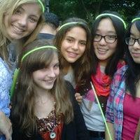 Снимок сделан в Robin Hood #Concert4NYC пользователем Li L. 9/30/2011