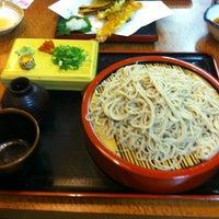 Photo taken at 麺坊 蕎麦博 by Naoki M. on 8/18/2012
