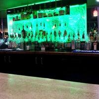 Photo taken at Hank's Tavern & Eats by Lu D. on 2/11/2012
