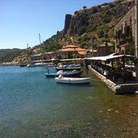 7/2/2012 tarihinde Ipek💞Dogan💓Efeziyaretçi tarafından Assos Antik Liman'de çekilen fotoğraf