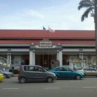 Photo taken at Muzium Kelantan by Fateh K. on 4/2/2011