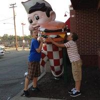 Photo taken at Frisch's Big Boy by Linda on 8/25/2012