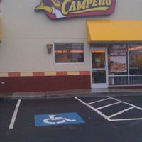 Photo taken at Pollo Campero by Sharisse P. on 10/29/2011