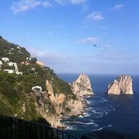 Foto scattata a Capri Tiberio Palace da Steven M. il 6/19/2011