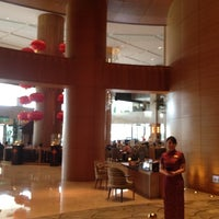 Photo taken at Shangri-La's Far Eastern Plaza Hotel Tainan by Victor C. on 4/28/2012