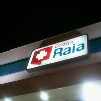 Photo taken at Droga Raia by Marcel C. on 9/22/2011