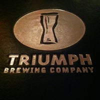 Photo prise au Triumph Brewing Company par bryan b. le6/1/2012