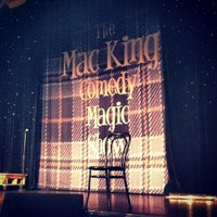 8/11/2012에 Monty C.님이 The Mac King Comedy Magic Show에서 찍은 사진