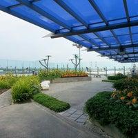 Das Foto wurde bei Sunflower Garden von Adam W. am 8/17/2012 aufgenommen