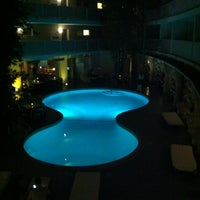 Photo taken at Avalon Hotel Beverly Hills by Joy S. on 7/3/2011