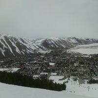 Photo taken at Snow King Ski Area and Mountain Resort by Gabriel J. on 3/16/2011