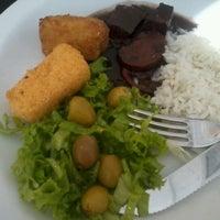 Foto tirada no(a) Melk Restaurante por Andreyzza G. em 9/12/2012