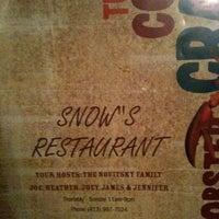 10/15/2011 tarihinde Christine L.ziyaretçi tarafından Snow's'de çekilen fotoğraf