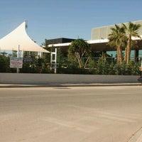 Foto tomada en Salones Mar Blau por Salones M. el 11/8/2011