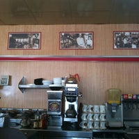 Photo taken at Waffle House by Allan S. on 7/16/2011