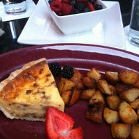Photo taken at Old Vine Café by Reyner T. on 8/13/2011