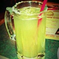 Photo prise au La Parrilla Mexican Restaurant par CARTER w. le11/19/2011
