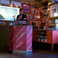 Foto scattata a Buca di Beppo Italian Restaurant da Kevin P. il 7/22/2011