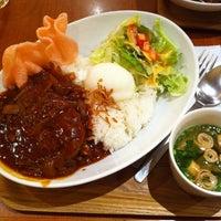 Photo taken at 横濱茶房 つくしんぼ by らくだ に. on 11/23/2011