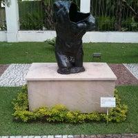 Photo taken at Palacete das Artes by Guilherme Jr. on 10/8/2011