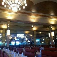 Photo prise au Brasserie Georges par Samuel S. le8/24/2012