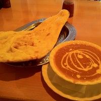 Photo taken at 明治通りワイン食堂 by Aki on 11/10/2011