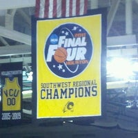 Photo taken at Stuart C. Siegel Center by Amanda B. on 11/12/2011