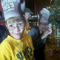 Photo taken at Buffalo Phil's Pizza & Grille by Micki J. on 12/19/2011