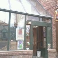 Foto tomada en Ollie's Pub por Jerel W. el 3/25/2012