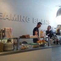 Photo taken at Screaming Beans by Bernat P. on 5/27/2012