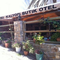 Photo taken at Akarsu Kalyopi Butik Otel by Kutay G. on 8/27/2011