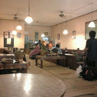 Photo taken at Waroeng SS by Dodik E. on 1/5/2012