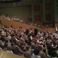 Foto tomada en Teatro de la Maestranza por Francisco J. el 1/4/2012