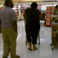 Photo taken at Giant Food by Deonte B. on 8/14/2011