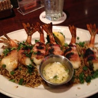 Photo taken at Pappadeaux Seafood Kitchen by Donald H. on 1/27/2012