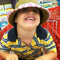 Foto diambil di Target oleh Karen pada 8/5/2012