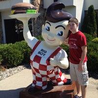 Photo taken at Frisch's Big Boy by Shawn S. on 8/23/2012