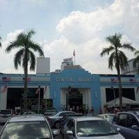 Foto diambil di Central Market (Pasar Seni) oleh Hailan A. pada 7/28/2012
