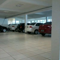 Photo taken at Uvel Veículos - Chevrolet by Pedro E. on 3/22/2012