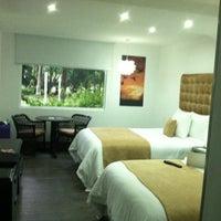 Photo taken at Riande Aeropuerto Hotel & Resort by Nadya on 8/3/2012