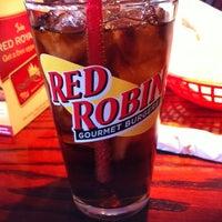 Photo taken at Red Robin Gourmet Burgers by John B. on 8/21/2011